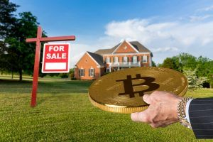 Many biying a house with Bitcoin.